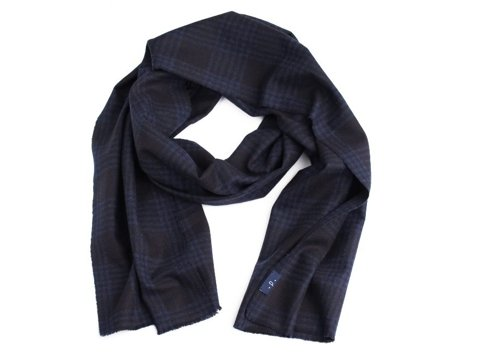 100% cashmere navy scarf