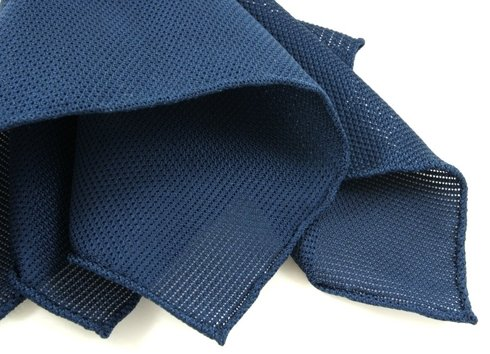 POCKET SQUARE grenadine