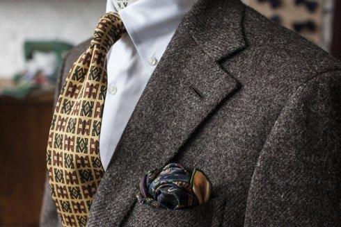 Undyed 100% tweed suit