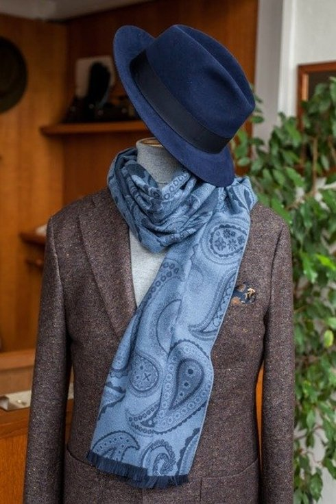 double- faced cotton scarf shades of navy
