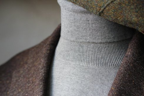 light merino wool turtleneck grey melange