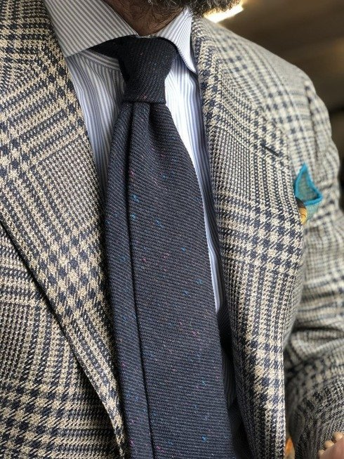 Granatowy Nakrapiany wełniany krawat