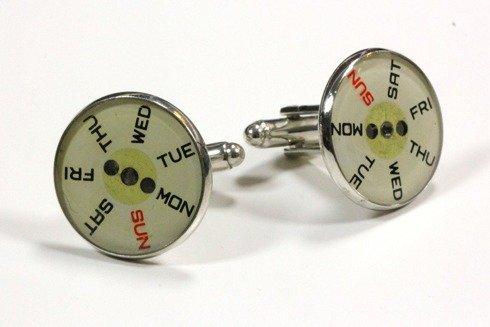 SPINKI mankietowe z motywem tarczy zegarowej
