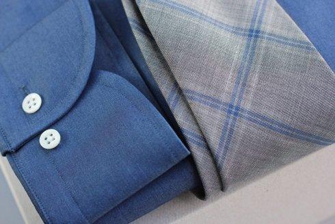 dżinsowa koszula button down